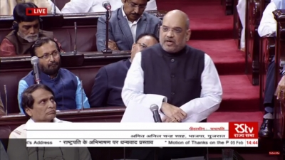 Shah says Modi ended appeasement politics, hits back at Congress on GST, jobs (Lead)