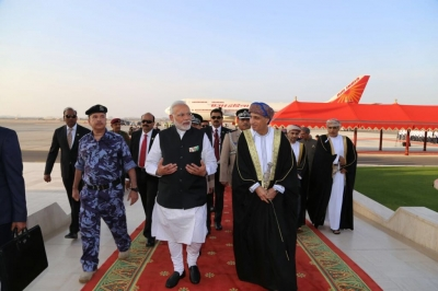 Thousands of Indians in Oman travel to watch Modi