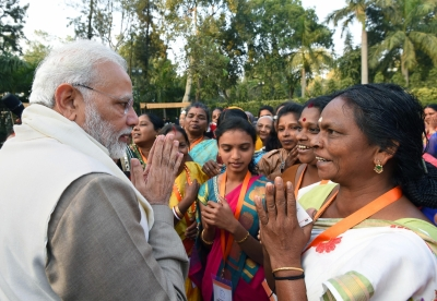 PM asks Ujjwala beneficiaries to work for village cleanliness