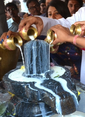 Devotees throng temples in Odisha on Maha Shivaratri