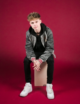 UK s HRVY set for maiden India tour