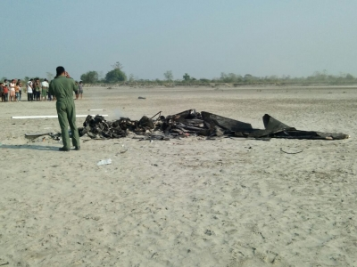 Two IAF pilots killed in Assam crash (Lead)