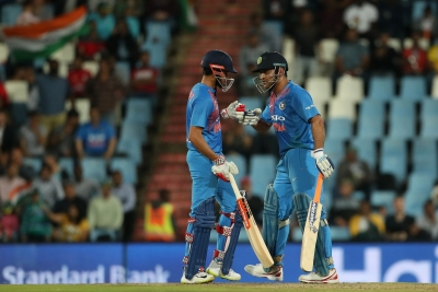 2nd T20I: Pandey, Dhoni take India to big total