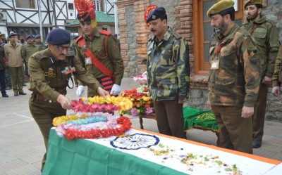 Five arrested in J&K for killing policeman, stealing weapon