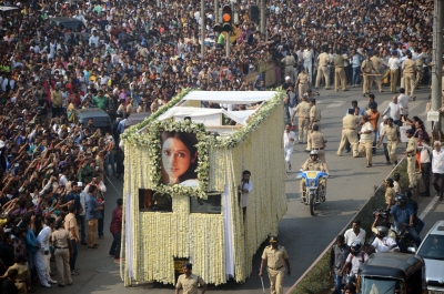 IFFLA to screen  Chandni  as tribute to Sridevi
