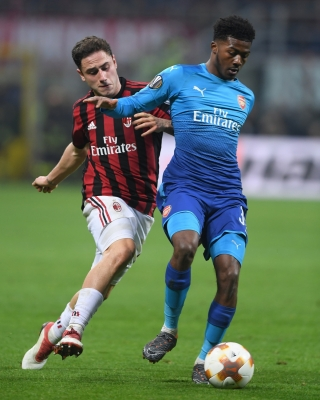 Arsenal s Maitland-Niles sidelined over leg injury