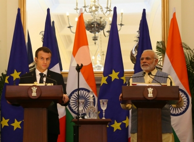 India, France to work together in India Ocean, combat terrorism (Lead)