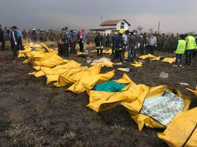 40 dead in Nepal plane crash (Fourth Lead)