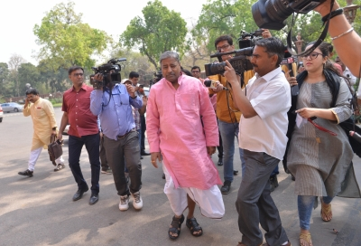 BJP leader Vinay Katiyar receives death threat over phone