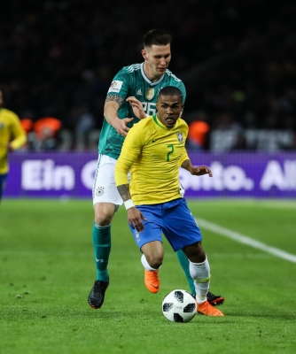 Malcom, Walace called up for Brazil friendlies; Douglas Costa left out