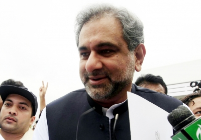 Ex-Pak PM Shahid Khaqan Abbasi held in graft case (2nd Lead)