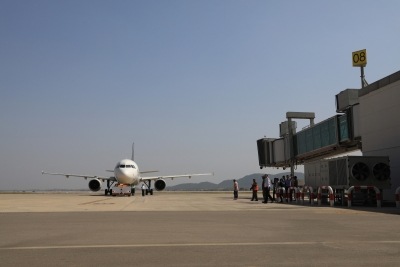Airlines to get relief as Pakistan lifts complete airspace restrictions (Lead)
