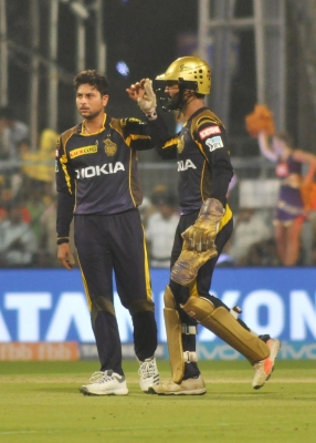 IPL-2018: KKR canter to 71-run win over Delhi (Lead)