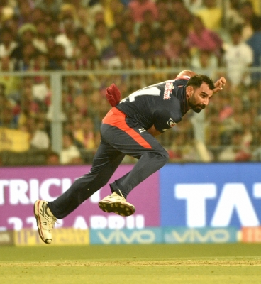 Shami stays back in Kolkata following police summons