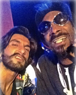 Ranveer shares throwback moment with Snoop Dogg (Movie Snippets) (Lead)