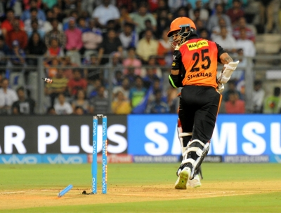 IPL-2018: Disciplined Mumbai restrict Hyderabad to 118