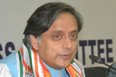 Storm brews after Tharoor s BJP making India  Hindu Pakistan  remarks