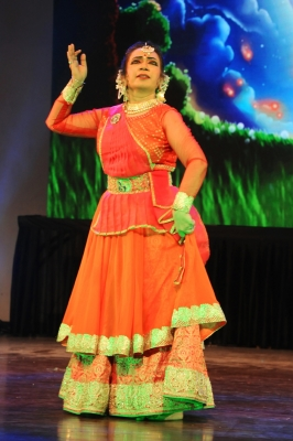 Danseuse Rekha Mehra spreads societal awareness through Kathak (Arts Feature)