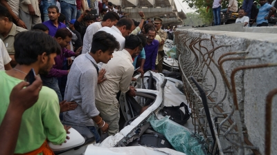 Probe begins into Varanasi flyover collapse