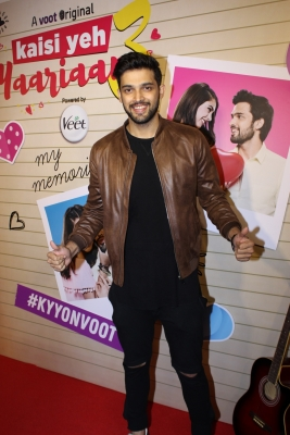 Mom will always be number one woman in my life: Parth (TV Snippets)