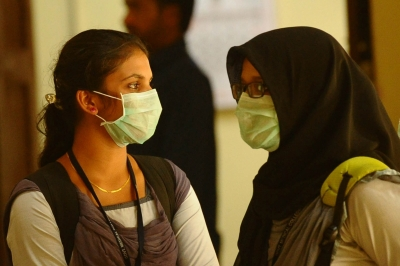 Stay indoors, wear masks in dusty Delhi: Doctors