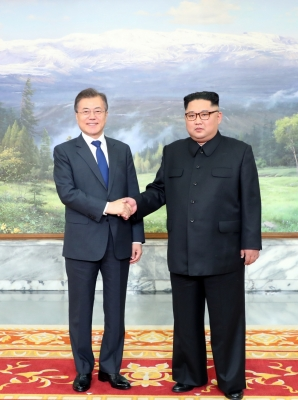 North, South Korea begin talks on reunion of separated families