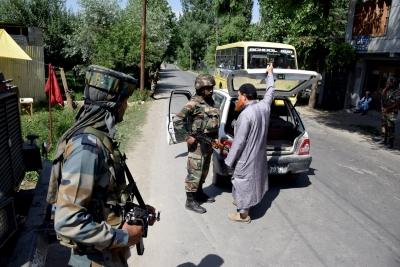 Militants abduct soldier in J&K