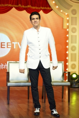 Omung Kumar merges Indian, Thai elements for IIFA stage