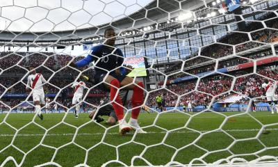 France beat Peru 1-0 to enter World Cup pre-quarters (Lead)