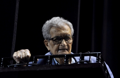 India heading for comprehensive healthcare crisis: Amartya Sen