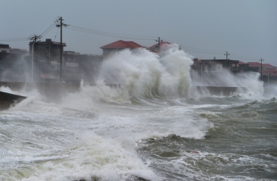 Typhoon Mekkhala makes landfall in China