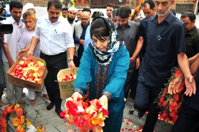 Five PDP dissidents disagree with Mehbooba