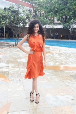 Mithila Palkar reveals how she manages her curly hair in monsoon