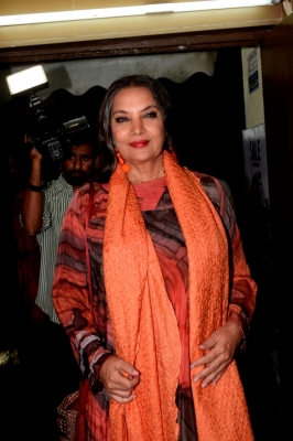 Shabana Azmi denies  anti-national  quote attributed to her