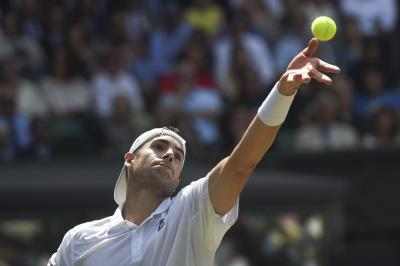 Anderson edges Isner in epic match to reach Wimbledon final
