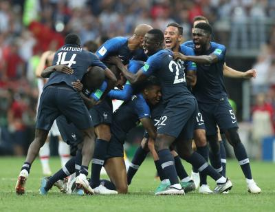 Macron to welcome French football team at Elysee Palace