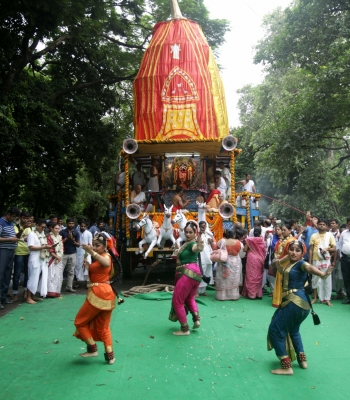 Lord Jagannath s  Bahuda Yatra  celebrated across Bengal