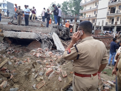 Building collapses in Ghaziabad, six injured
