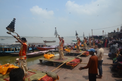 Total ban on liquor, non-vegetarian food around Varanasi temples
