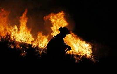 California wildfires toll reaches 25