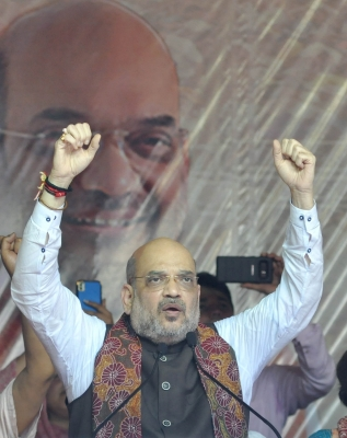 Uproot Trinamool, vote BJP to power for Bengal s development: Amit Shah (Lead)