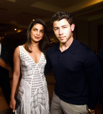 Priyanka, Nick  seal relationship  with  roka  ceremony (Second Lead)