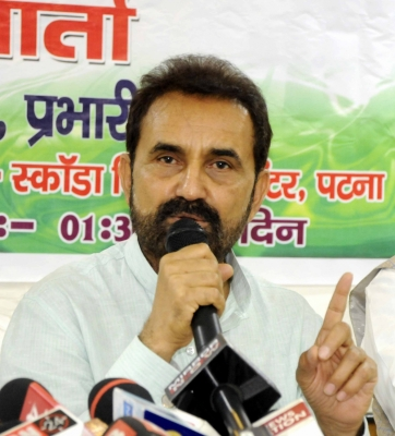 Congress' Gohil to file criminal case against Gujarat CM