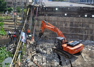 Kolkata Bridge Collapse: Commuters get alternative way to use