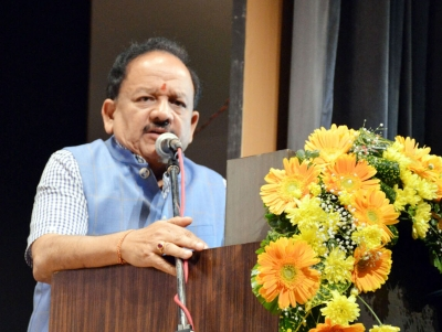 Scientists have social responsibility, says Harsh Vardhan