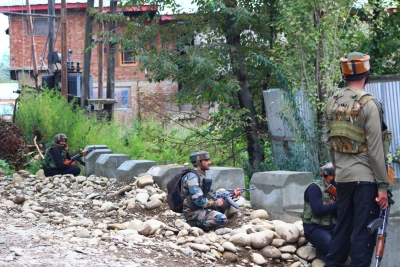 Five militants killed in J&K (Lead)