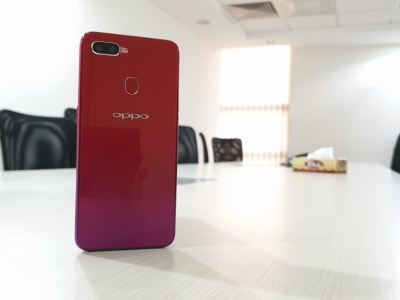 OPPO F9 Pro: It s more about innovative design (Tech Review)