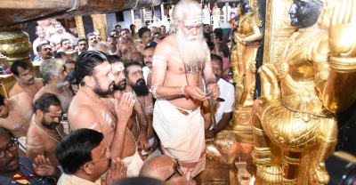 Tantri, TDB disagree over emergency shutdown of Sabarimala shrine