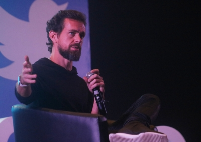 Twitter CEO under fire for Myanmar tweets