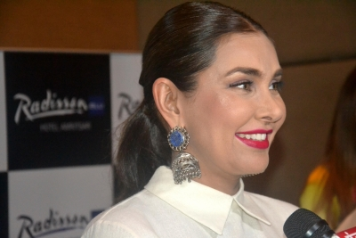 When Lisa Ray thought Bani J was 'so shy'